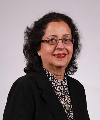 Hasnain Syedah, portrait of the artist.